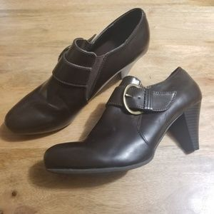 Bass Pandora Ankle Boots Dark Brown Heel Buckle 9